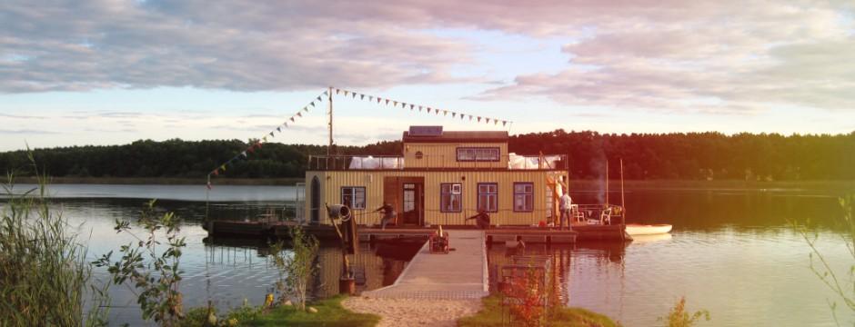 perebo house boat