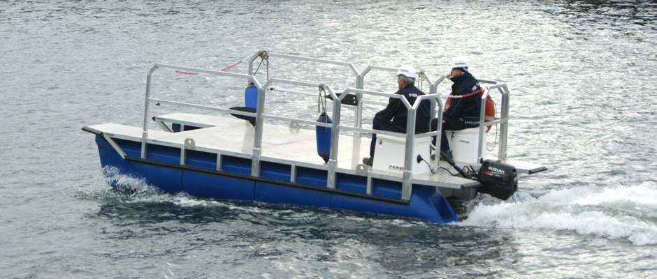 pontoon work boat