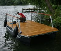 cruising pontoon raft