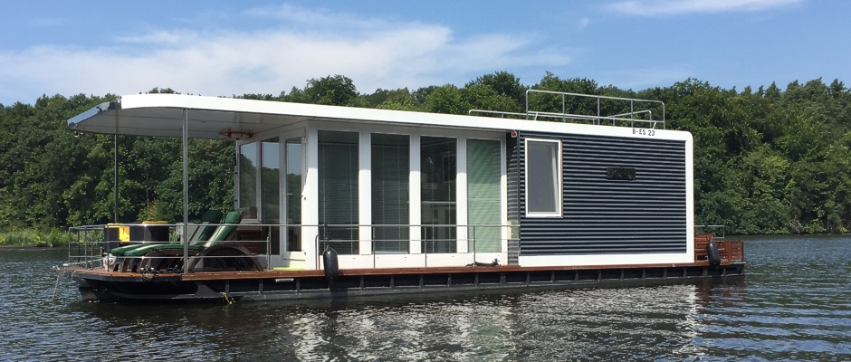 mobile floating home