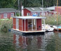 mobile floating studio