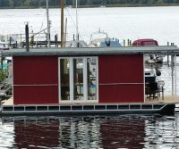 mobile houseboat