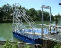 small floating working platform based on PSK-20 floats