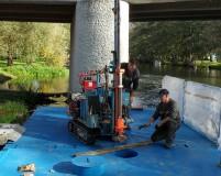 small floating drilling platform