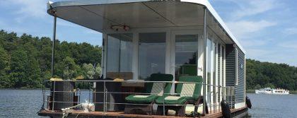 Hausboot mit Terrasse