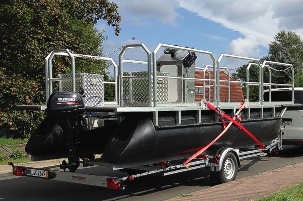 Einachstrailer für Pontonboote