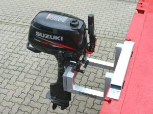 Motorhalterung Stahl verzinkt mit Kunststoffblende