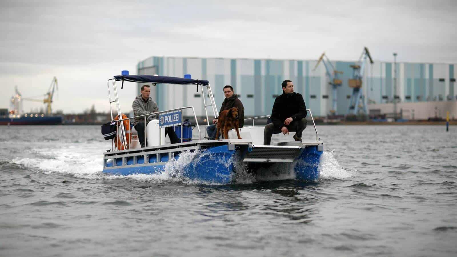 Polizei Pontonboot